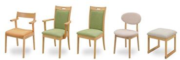 椅子は背もたれの形状、肘付き、or肘無し、ベンチと11種類から。