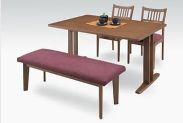 見た目すっきりな2本足のダイニングテーブル
